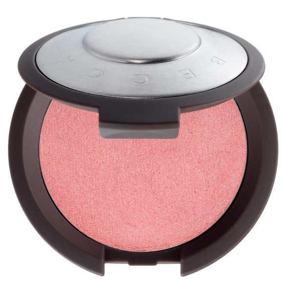 BECCA Other - BECCA's Shimmering Luminous Blush in Camellia